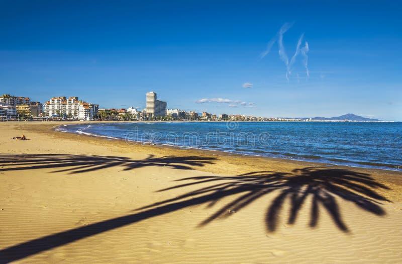 Peniscola plaża, Gubernialny Castello, Hiszpania zdjęcie stock