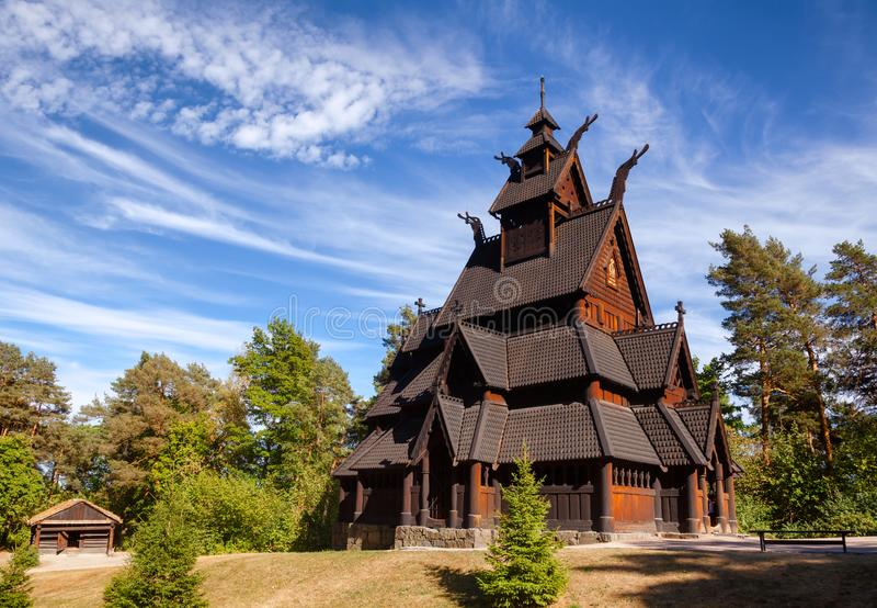 Penisola Oslo Norvegia Scand di Bygdoy del museo di Gol Stave Church Folks immagini stock