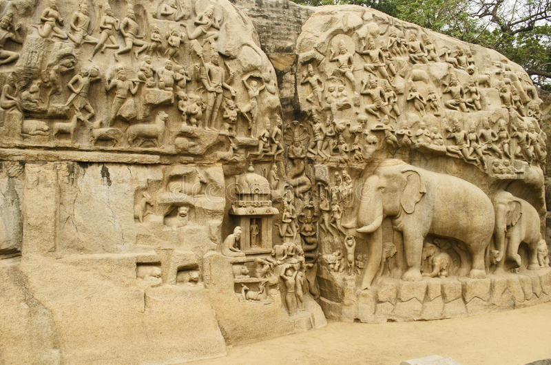 A penitência de Arjuna em Mahabalipuram, Tamil Nadu, Índia, Ásia fotos de stock royalty free