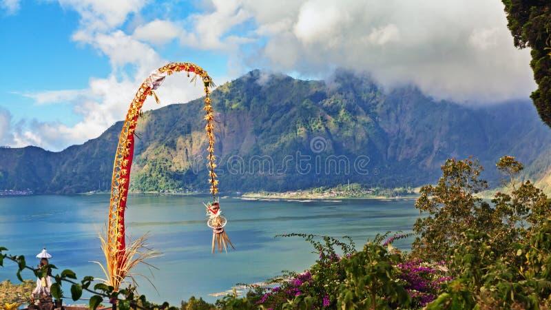 Penjor traditionnel de Bali - décoration pendant des vacances de Galungan images libres de droits
