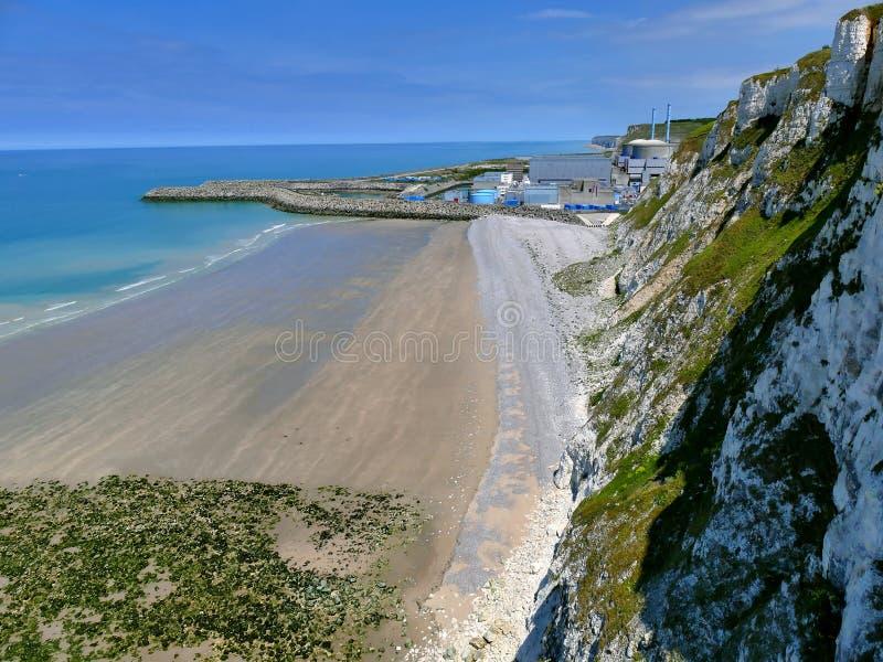 PENLY FRANCJA, MAJ, - 31, 2019: Penly elektrownia jądrowa lokalizować przy wontonem Morski Normandy na Angielskiego kanału wybrze zdjęcie royalty free