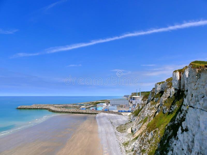 PENLY FRANCJA, MAJ, - 31, 2019: Penly elektrownia jądrowa lokalizować przy wontonem Morski Normandy na Angielskiego kanału wybrze obrazy stock