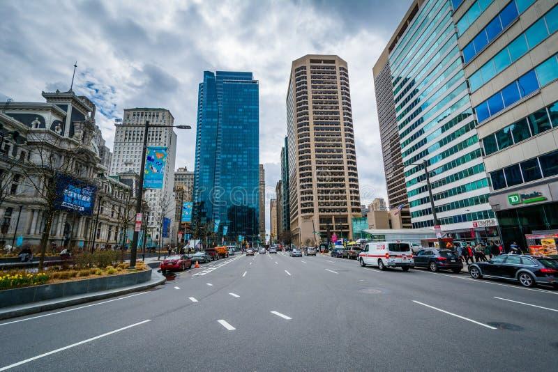 Penn Obciosuje, i nowożytni budynki w Centrum mieście, Filadelfia, Pennsylwania obrazy royalty free