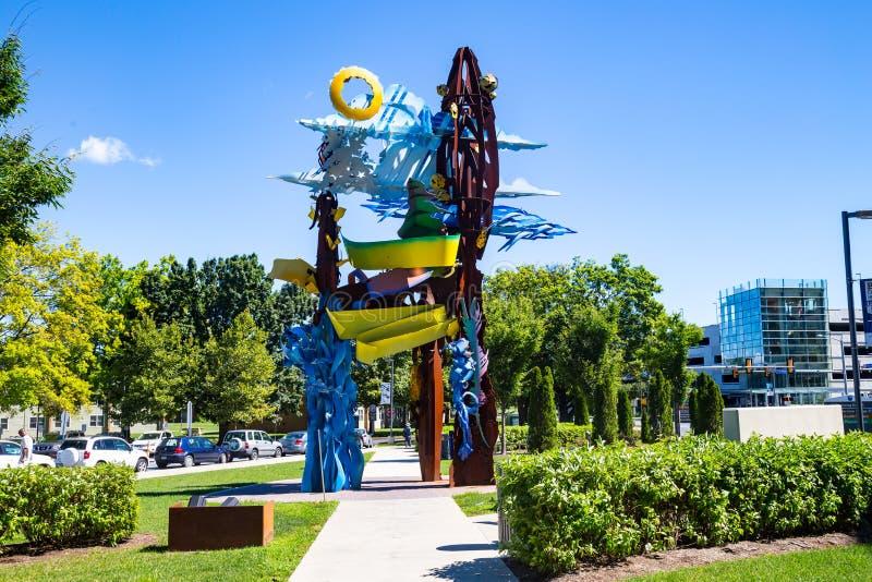 Penn State Hershey Art Display-Beeldhouwwerk stock foto's