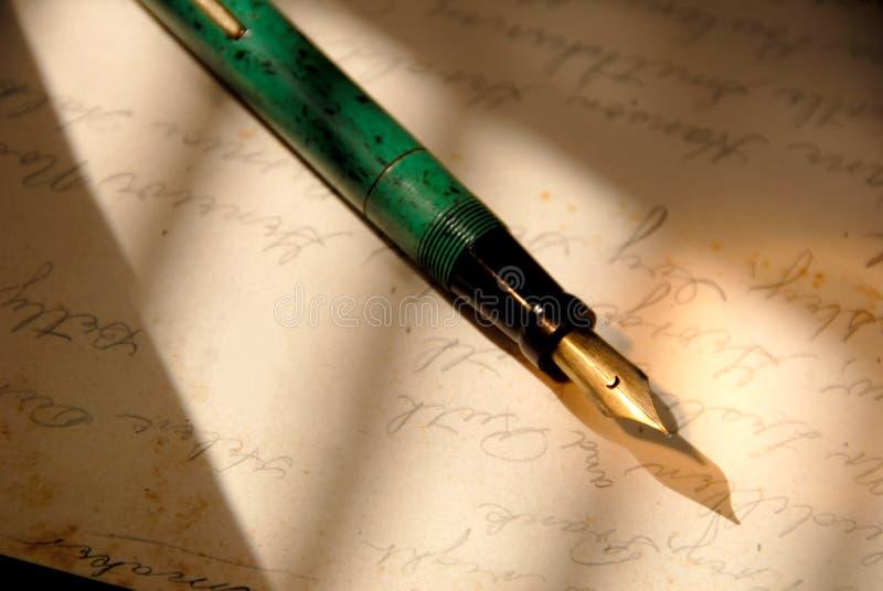 Penna di fontana dell'annata fotografie stock libere da diritti