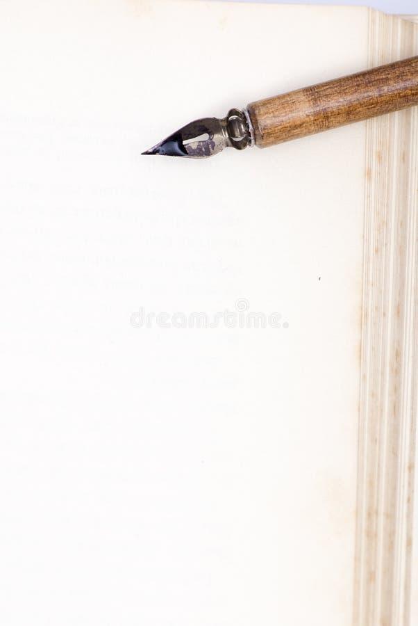 penna för blank sida arkivfoto