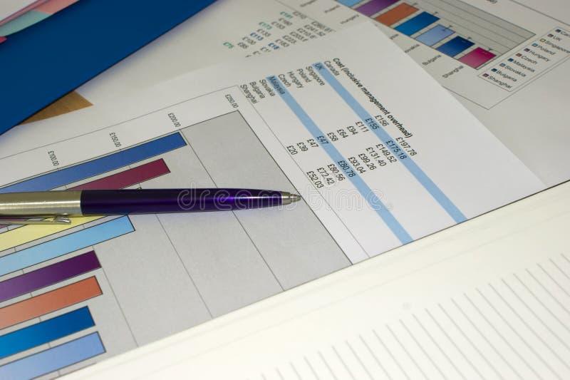 penna för stångdiagram royaltyfria foton