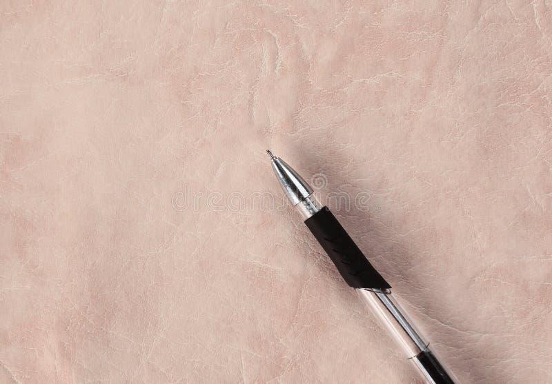 Penna su carta strutturata Grande spazio per testo fotografia stock libera da diritti
