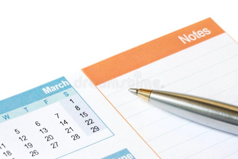 Penna sul calendario fotografie stock libere da diritti