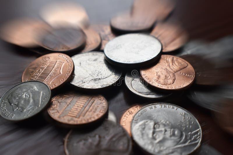 Pennies, Níquel e Dimes com Zoom Burst Alta Qualidade foto de stock royalty free