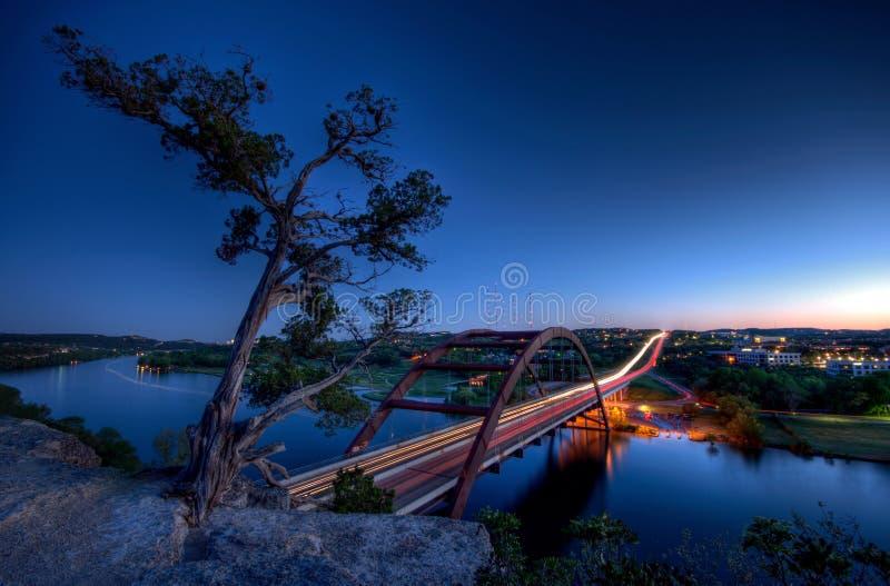 pennybacker сумрака моста стоковые изображения rf