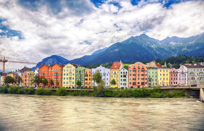 Pensão do rio, Innsbruck, Áustria foto de stock