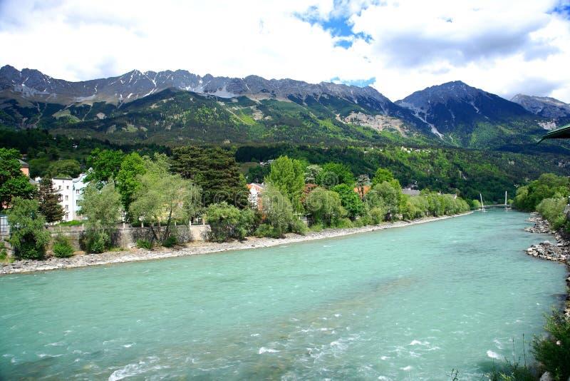 Pensão do rio, Innsbruck, Áustria. imagens de stock royalty free