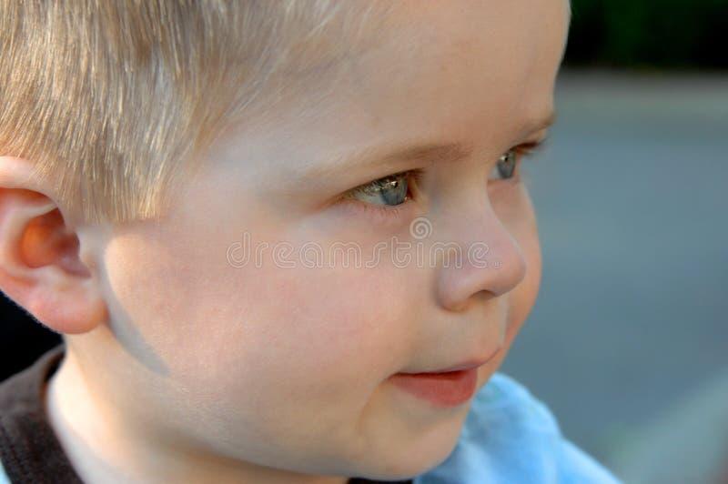 Pensées et imagination de bébé image stock