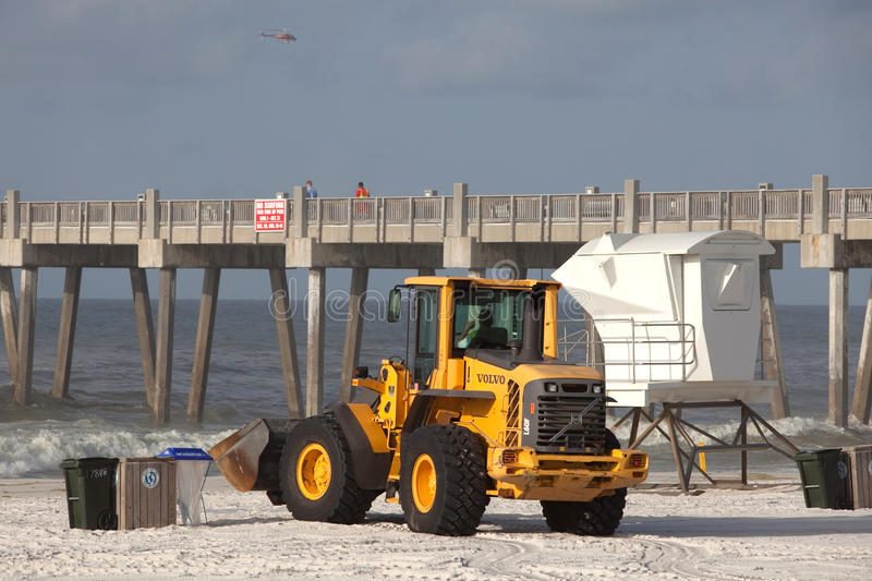 Download PENSACOLA BEACH - JULY 7 editorial stock photo. Image of tragedy - 15175888