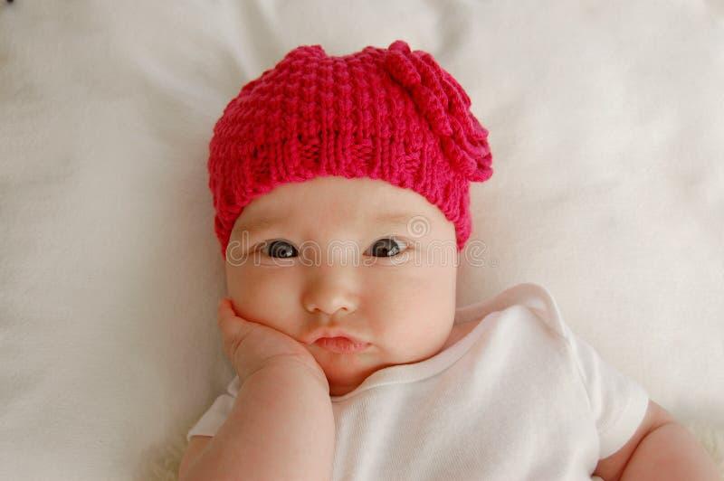 Pensamento/bebê céptico fotografia de stock