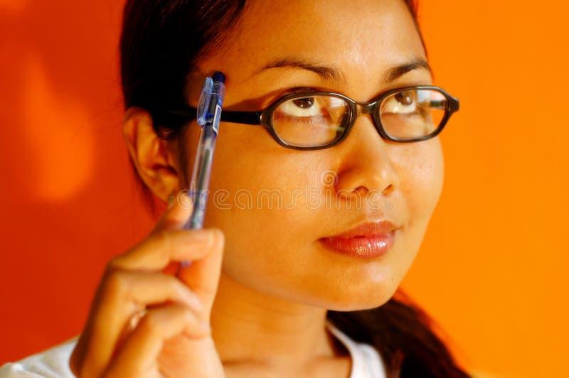 Download Pensamento das mulheres foto de stock. Imagem de olhar - 114436