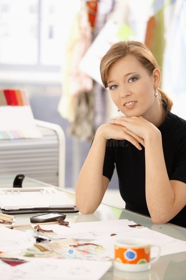 Pensamento do desenhador de moda imagens de stock