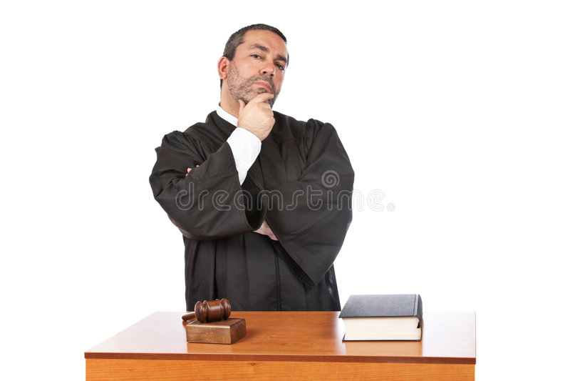 Pensamento masculino sério do juiz foto de stock royalty free