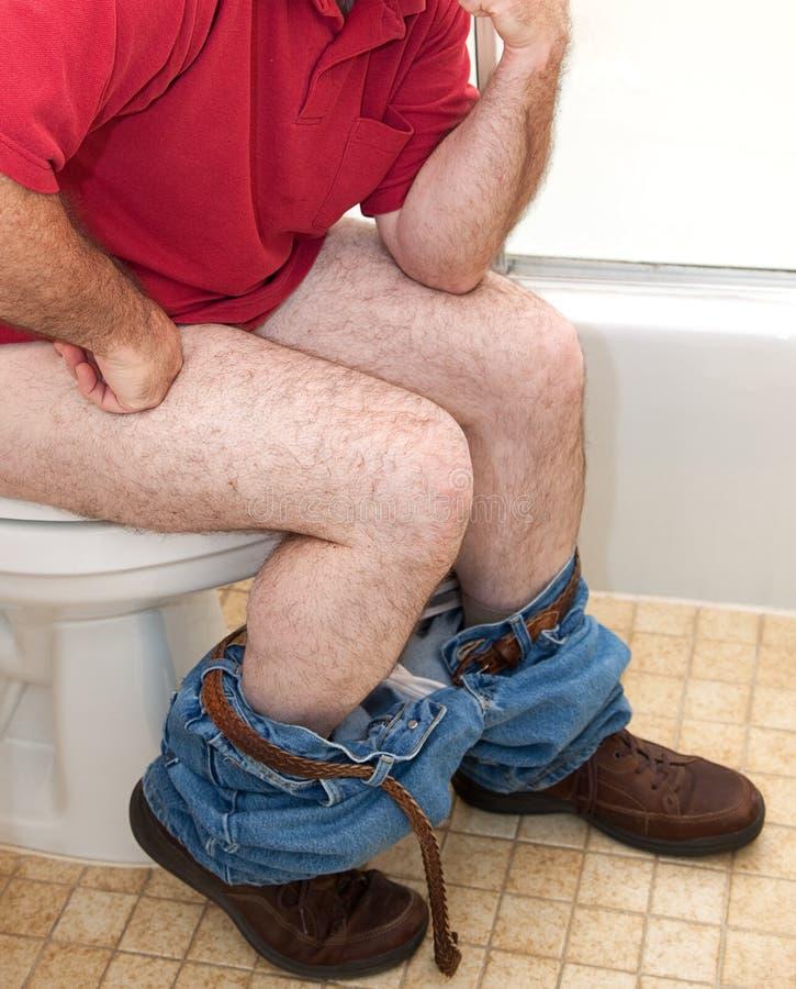Pensamento no banheiro imagens de stock