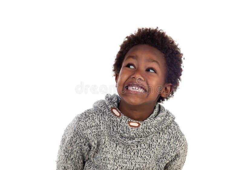 Pensamiento afroamericano adorable del niño imagen de archivo