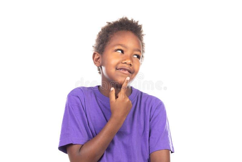 Pensamiento afroamericano adorable del ni?o imágenes de archivo libres de regalías