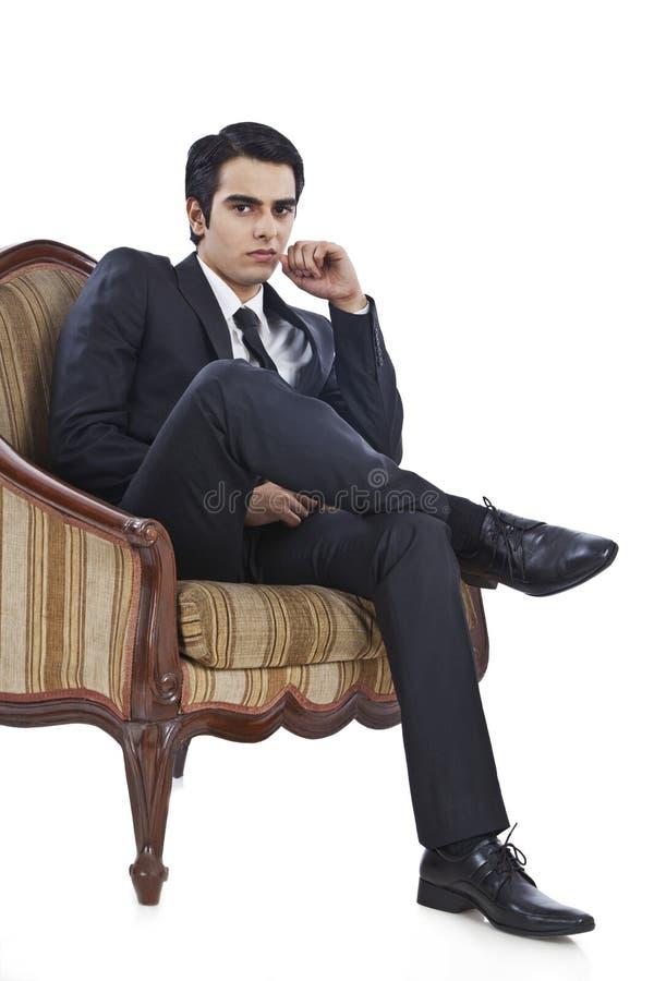 Pensamiento del hombre de negocios imagen de archivo