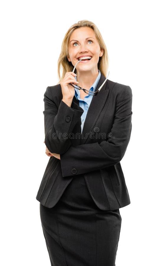 Pensamiento feliz de la mujer de negocios maduros aislado en el backgroun blanco foto de archivo libre de regalías