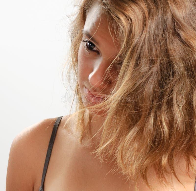 Penser de l'adolescence de fille photos stock