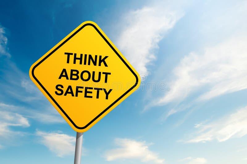 Pensez au panneau routier de sécurité avec le fond de ciel bleu et de nuage photo libre de droits
