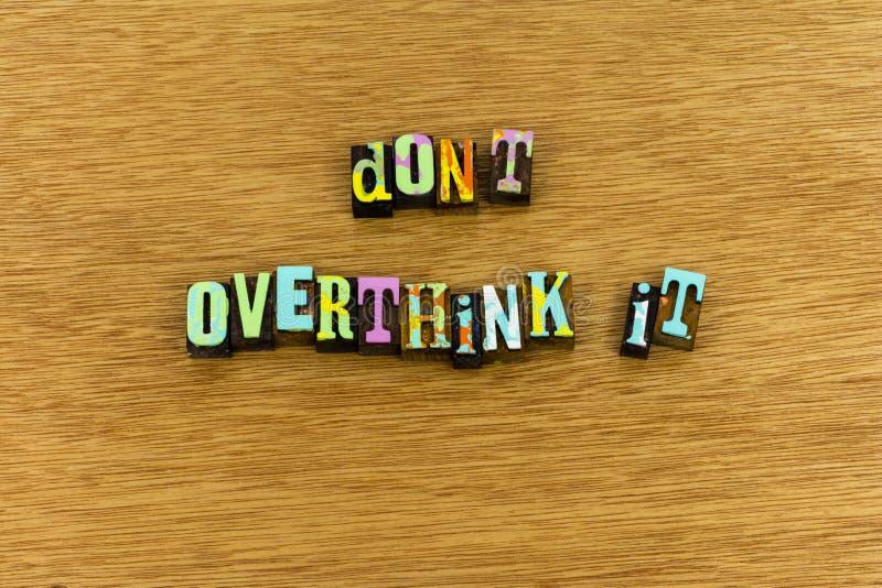 Pensez la typographie de positif de succès en avant en avant images libres de droits