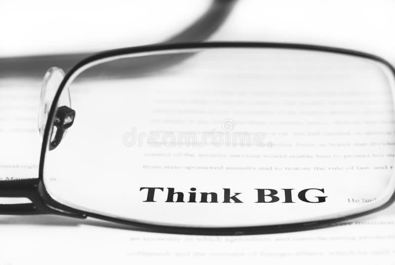 Pensi grande immagine stock