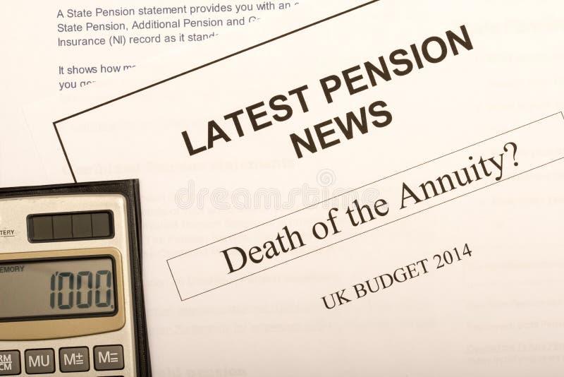 Pensionändringsdokument royaltyfri foto