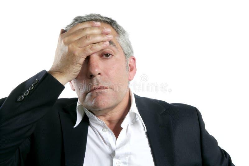 pensionär för grått hår för affärsmansakkunskap oroad SAD royaltyfri fotografi