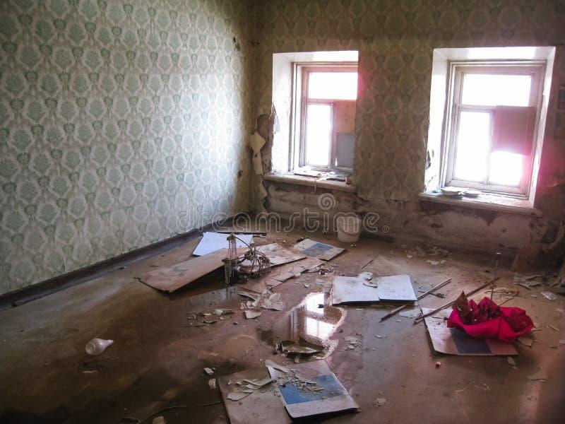 Pension abandonnée dans Khamovniki, un vieux bâtiment historique abandonné photo libre de droits