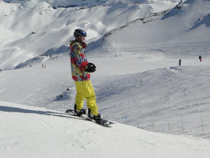 Pensionante Colorfully vestito della neve fotografia stock