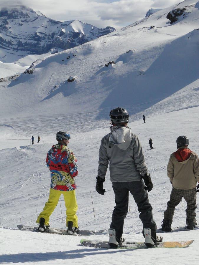 Pensionante Colorfully vestito della neve fotografie stock libere da diritti