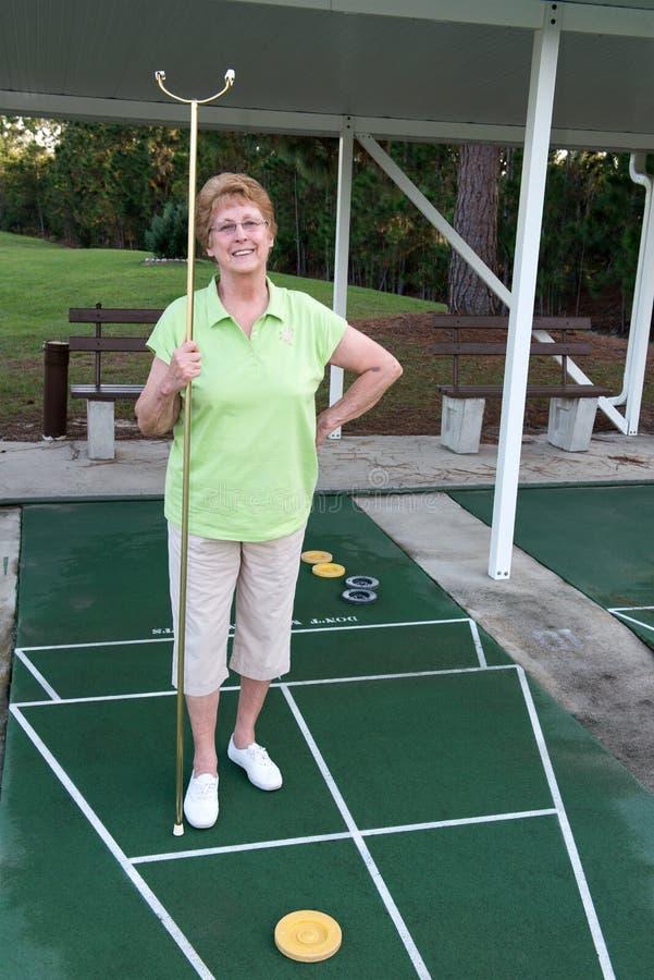 Pensionering het Leven Actieve Hogere Sjoelbak stock fotografie