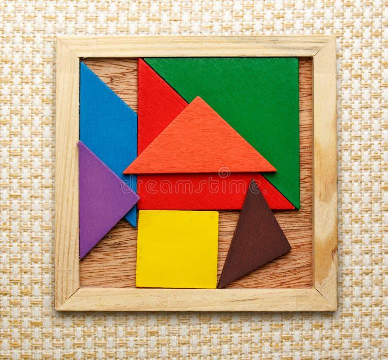 Download Pentamino Voor Kinderen In Magisch Vierkant Stock Afbeelding - Afbeelding bestaande uit vlak, pasvorm: 54078405