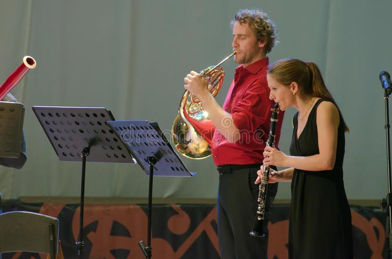 PentAnemos. DNIPROPETROVSK, UKRAINE - SEPTEMBER 25, 2015: Claudia Sautter (clarinet) and Christian Loferer (French horn) - members of the woodwind quintet stock images