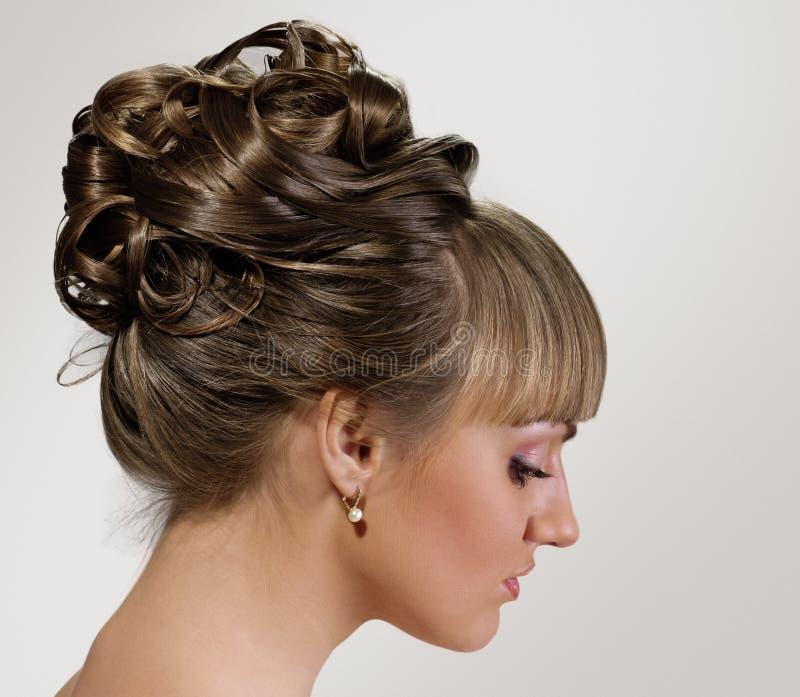Penteado bonito do casamento imagens de stock