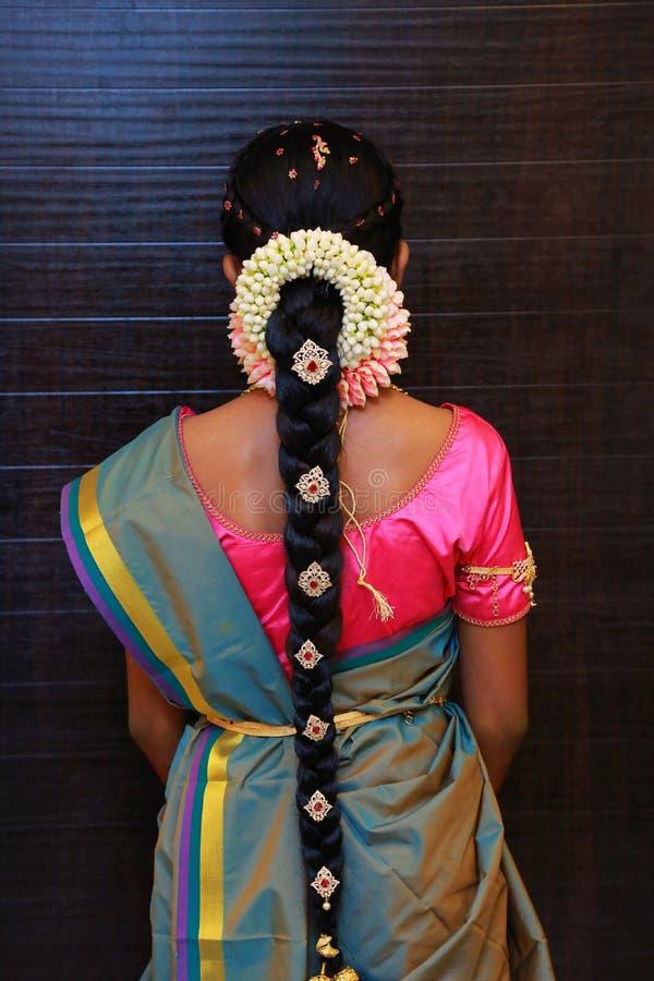 Penteados nupciais indianos do close up imagem de stock royalty free
