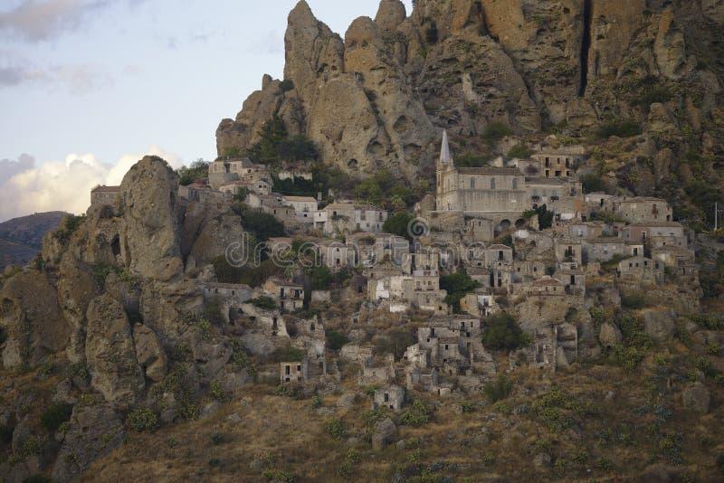 Pentedattilo, Калабрия, Италия стоковые фото