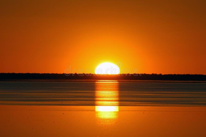 Pentola di Etosha di tramonto immagine stock