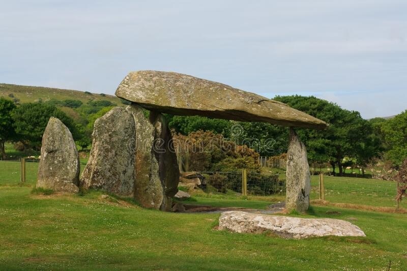 The Pentre Ifan burial chamber in Pembrokeshire royalty free stock photos