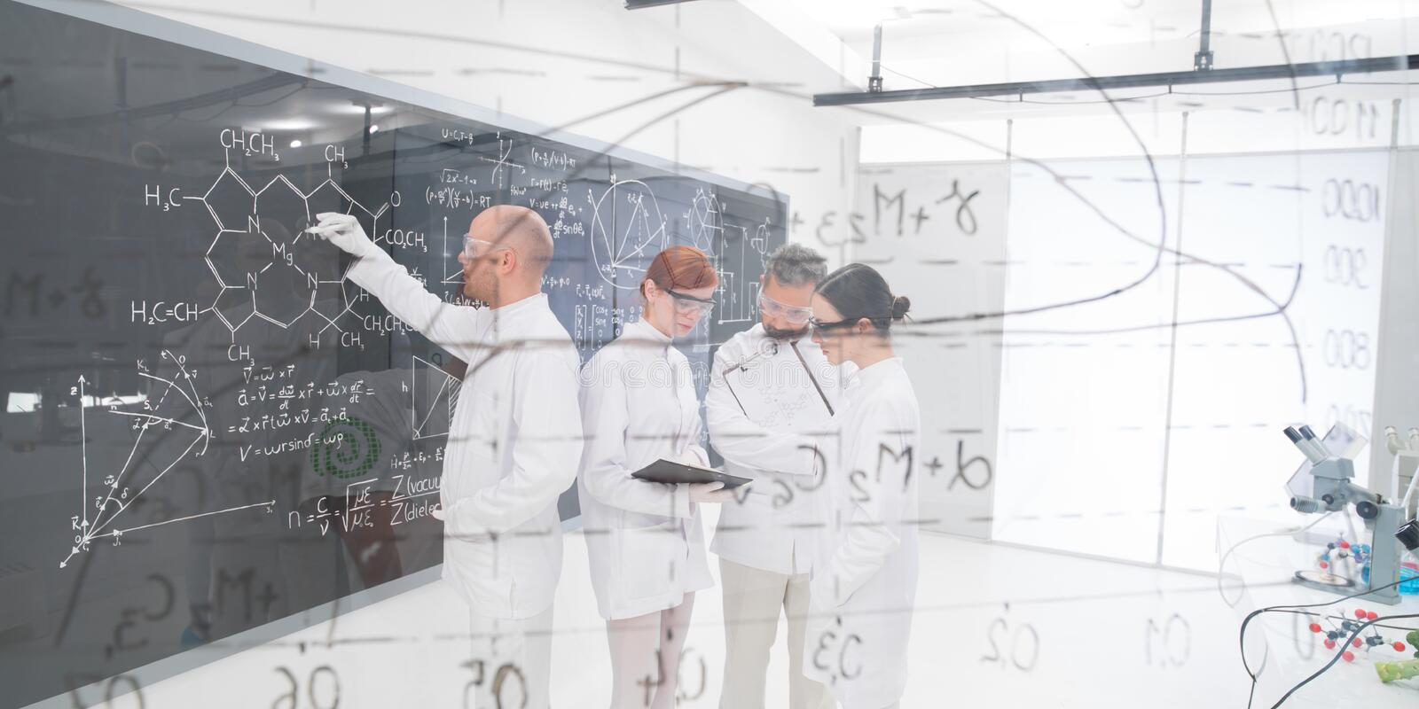 Download People Experimental Studies In Lab Stock Image - Image: 31258651