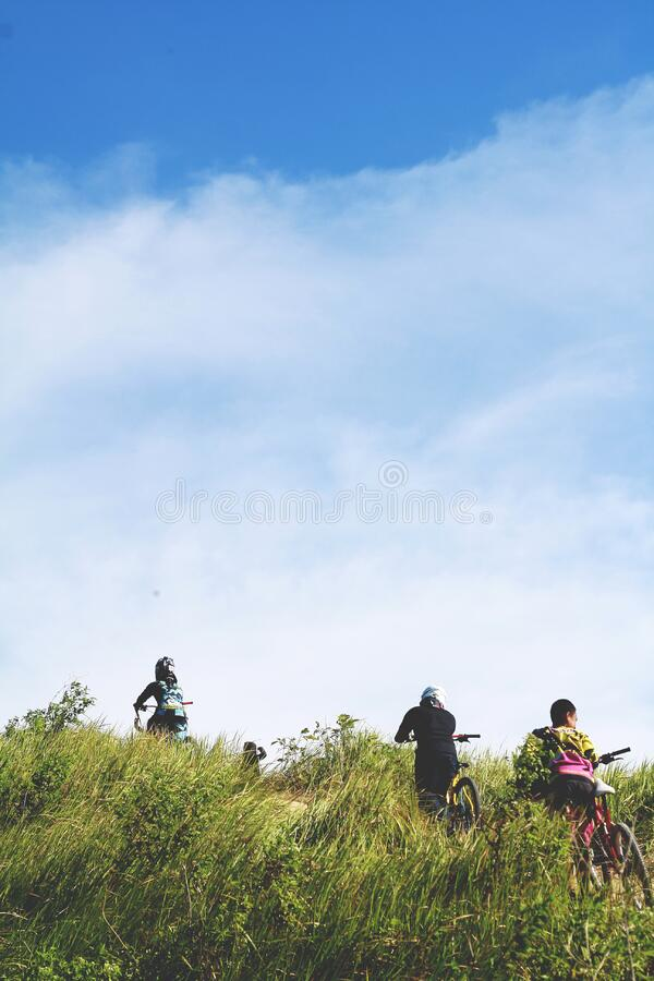 People On Grasses During Daytime Free Public Domain Cc0 Image