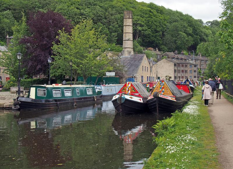 People at the narrow boats club gathering held on the may bank holiday on the rochdale canal at hebden bridge in west yorkshire. Hebden bridge, west yorkshire stock photos