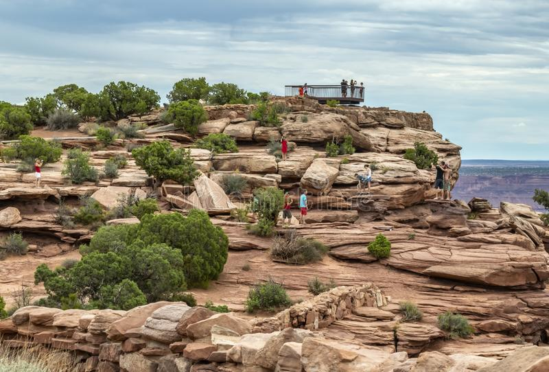 People taking pictures including selfies at the viewpoint overlooking the Colorado River royalty free stock photos