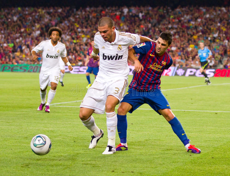 Download Pepe And David Villa In Action Editorial Stock Photo - Image: 22320518
